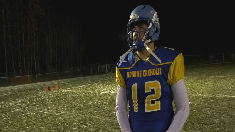 Monroe Quarterback Shaun Conwell Jr. signed his NLI to compete for Fort Lewis College's...