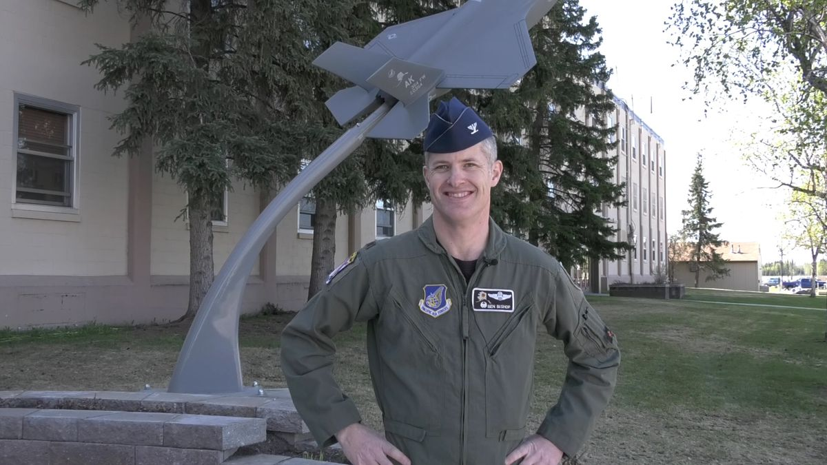 354th Fighter Wing Commander Colonel Benjamin Bishop talked about his time at Eielson Air Force Base and his next assignment. (Sara Tewksbury/KTVF)