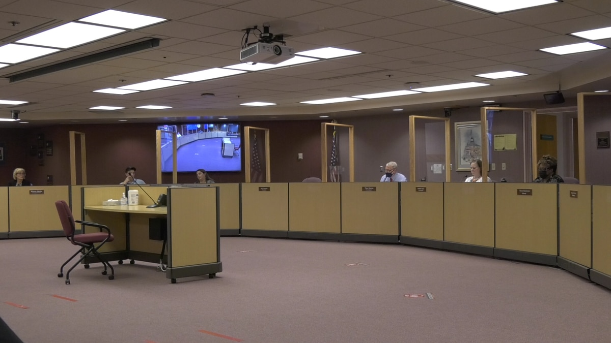 The School Board voted to pass a motion to apply a mask mandate for students, staff, and...
