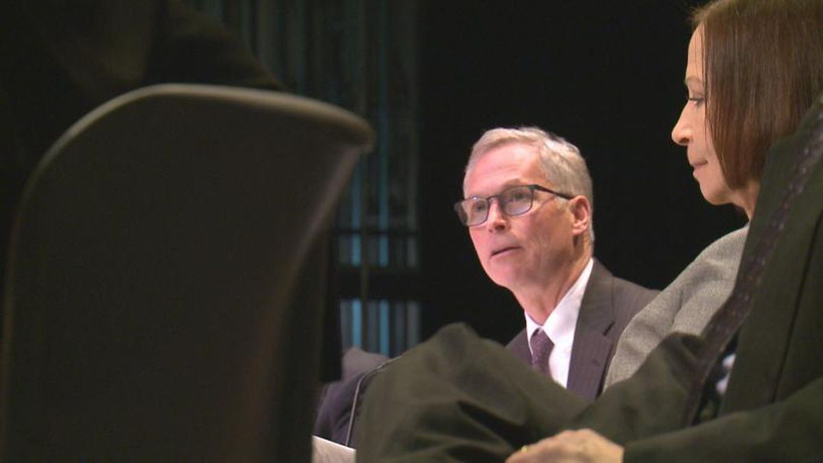 UA President Jim Johnsen and UAA Chancellor Dr. Cathy Sandeen field questions from students of the UAA College of Education at a listening session, Feb. 12, 2019 (KTUU)