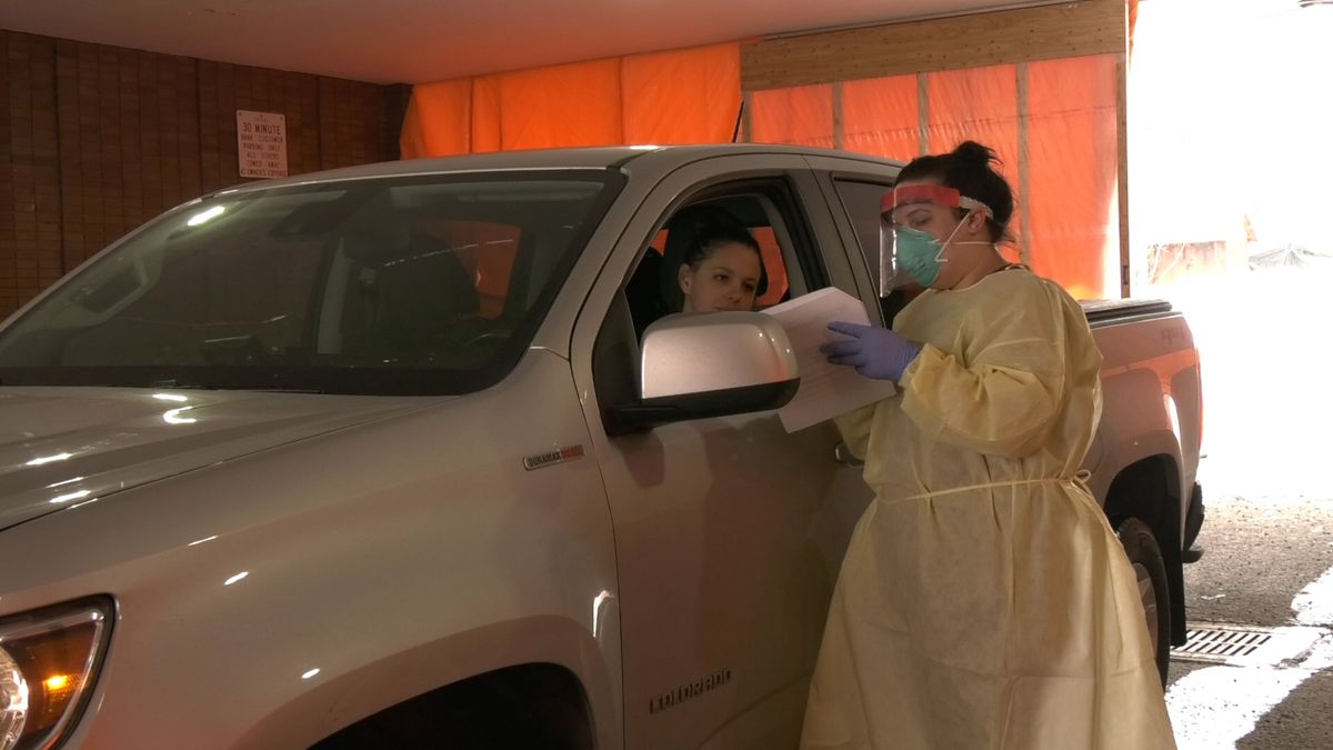 COVID-19 drive-thru testing: How it works and what you ...