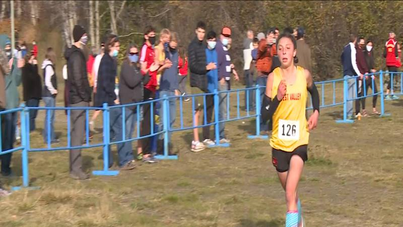 West Valley's Naomi Bailey paces the pack on her way to a Division I Girls State Title.
